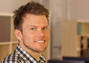 Ich bin Chris und betreibe mit einem kleinen Team leidenschaftlich Ratgeber um Holzverarbeitung.